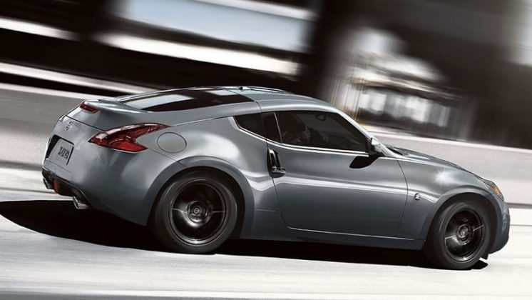 2019 Nissan 370 Z Coupe 08